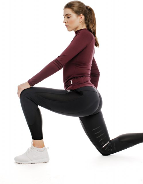 Woman lunging in Breeches